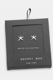 Wona Trading Secret-Box - White-Gold-Dipped-Star Studs - Front cropped