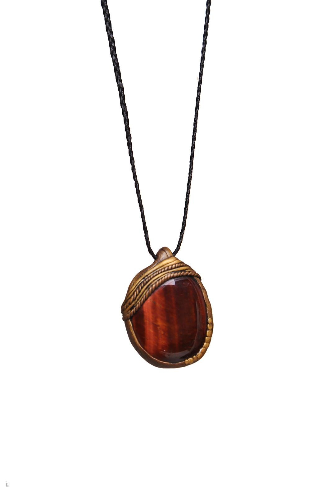 Wonderland Raglan Tiger Eye Necklace - Front Cropped Image