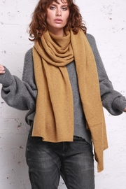 Wooden Ships Hamptons Cozy Wrap - Front cropped