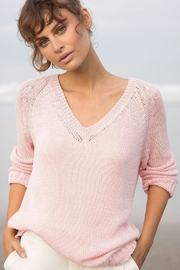Wooden Ships Lexie Heathered Raglan - Side cropped