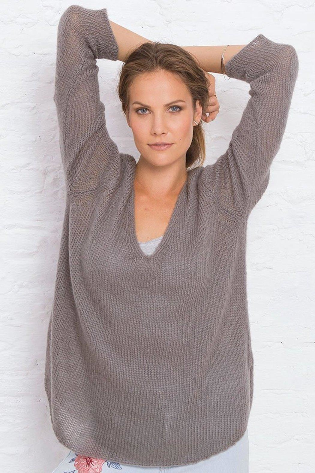 Wooden Ships V-Neck Shirt-Tails Sweater - Side Cropped Image