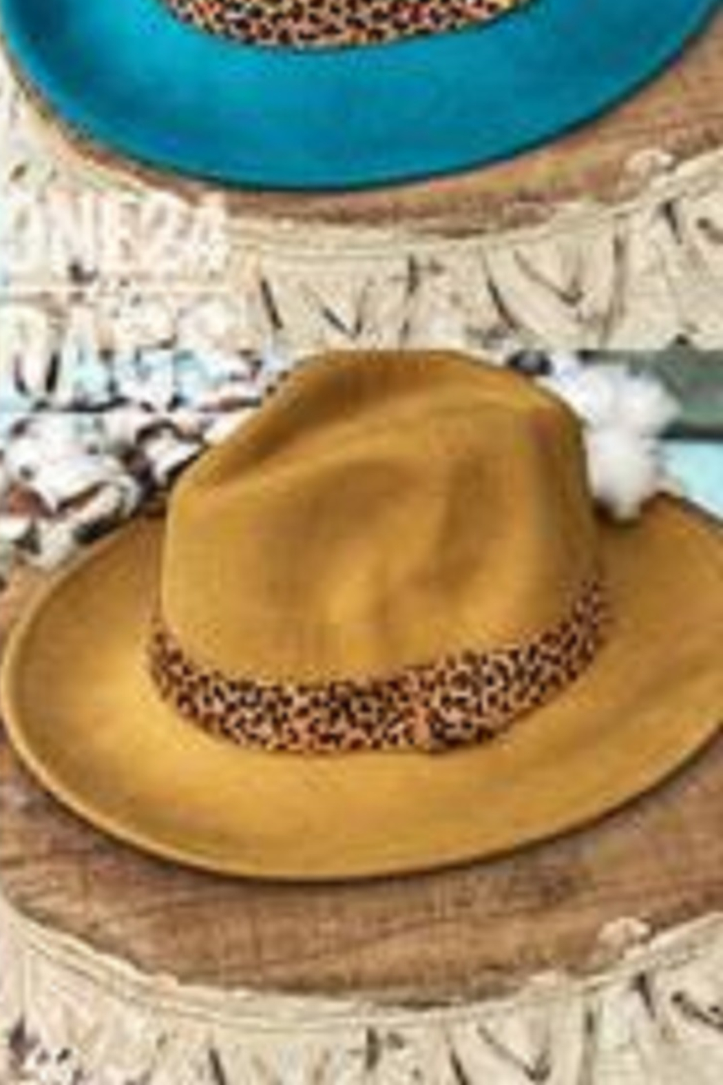 One24 Rags Wool Brim Hat - Front Cropped Image