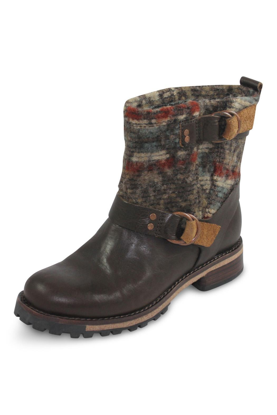 Woolrich Ankle Flat Boot - Front Full Image