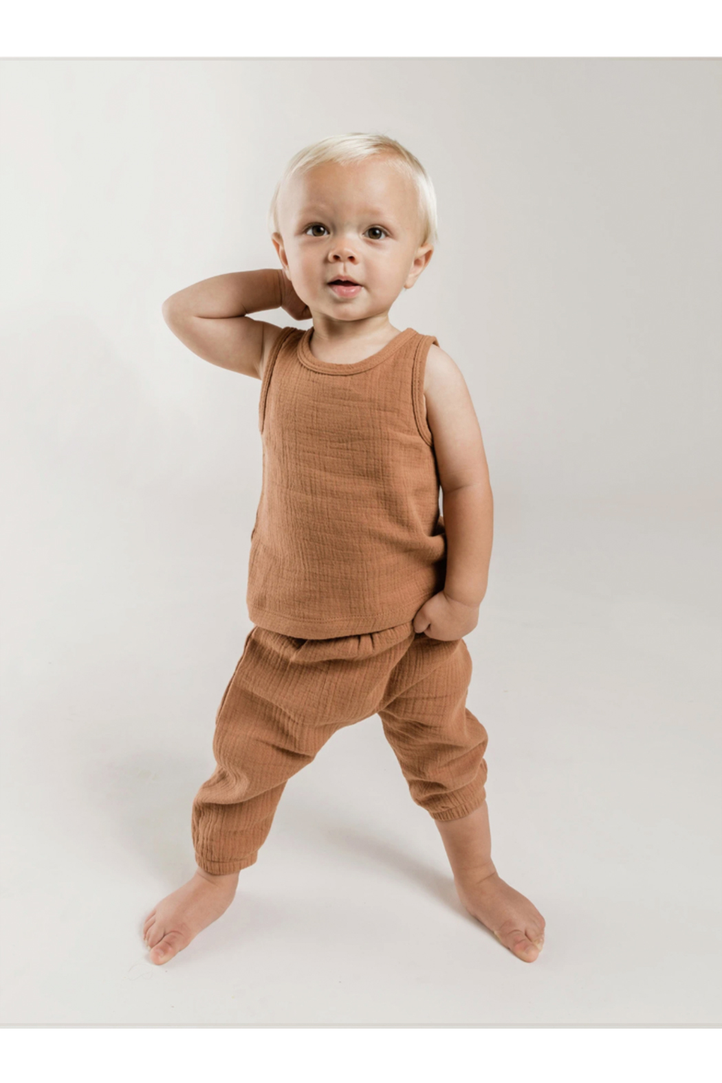 Quincy Mae Woven Harem Pants - Side Cropped Image