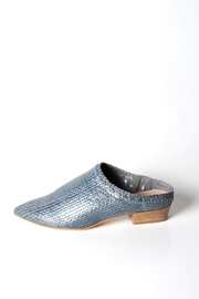 993 Woven-Leather Mid-Heel Grey - Product Mini Image
