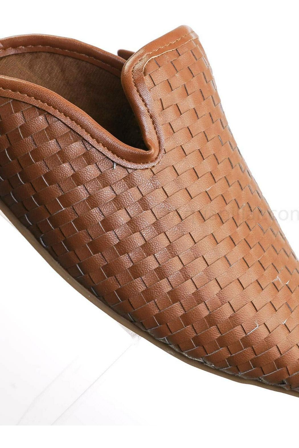Bamboo Woven Loafer Slide - Back Cropped Image