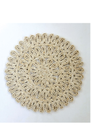 Creative Co-Op Woven Straw Placemat 15in Round In Natural - Front full body