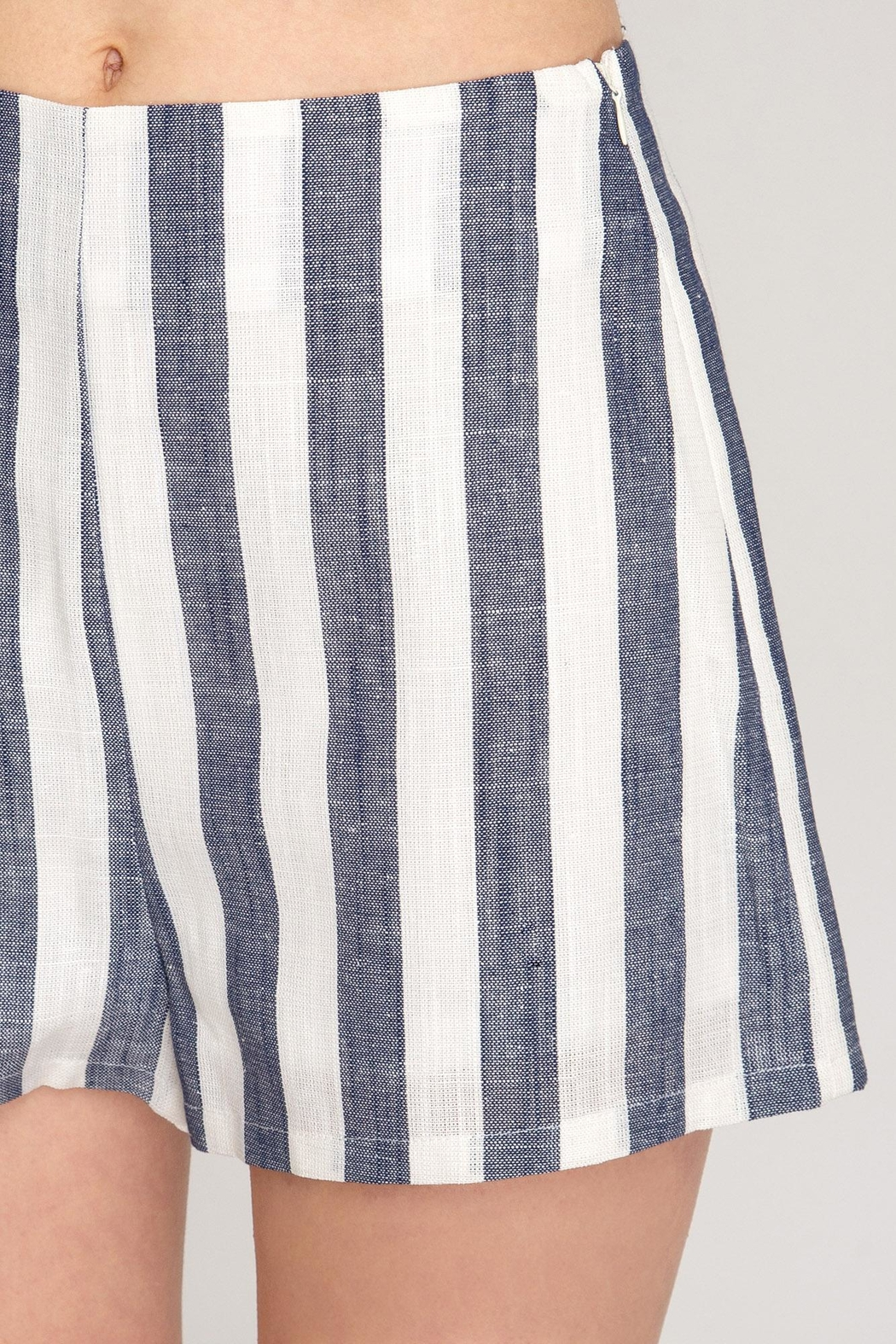 She + Sky Woven Striped Shorts - Back Cropped Image