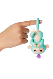 Wow Wee Fingerling-Turquoise Zoe - Front full body