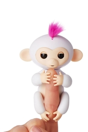 Wow Wee Fingerlings-White Sophie - Front cropped