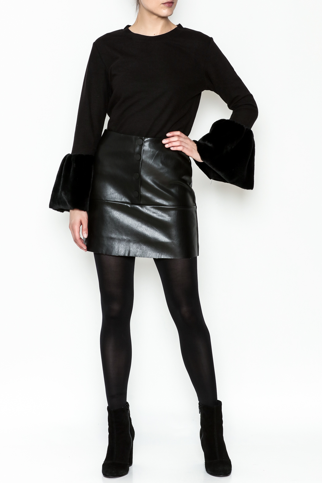 WREN & WILLA Button Faux Leather Skirt - Side Cropped Image