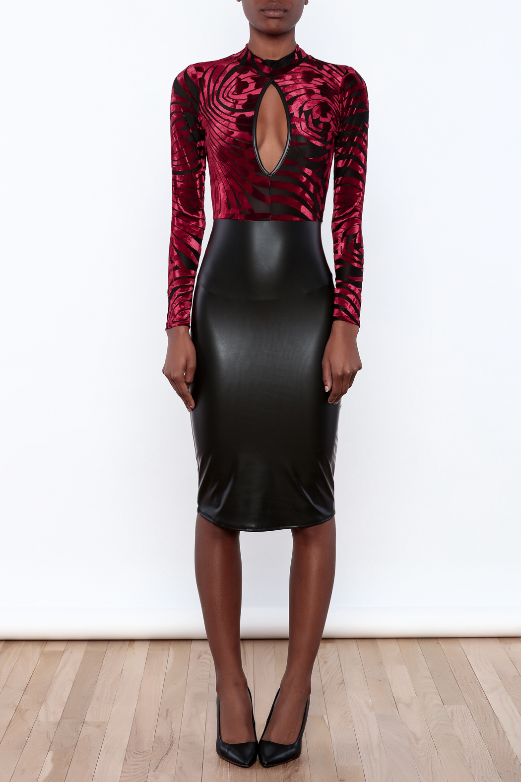 WTD Knee Length Dress - Front Cropped Image