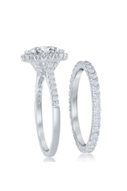 Xtras French Halo Ring - Front full body
