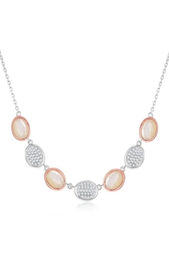 Xtras Oval Mop Necklace - Alternate List Image