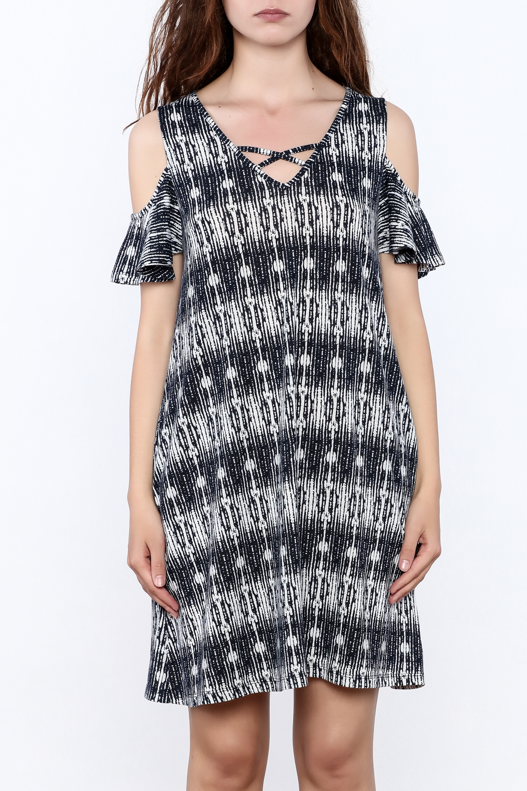 y&i clothing boutique Black Printed Oversized Dress - Side Cropped Image