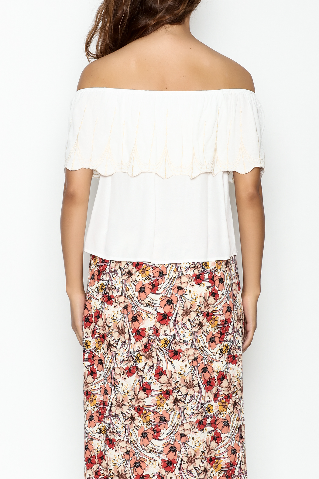 y&i clothing boutique Reese Scallop Top - Back Cropped Image
