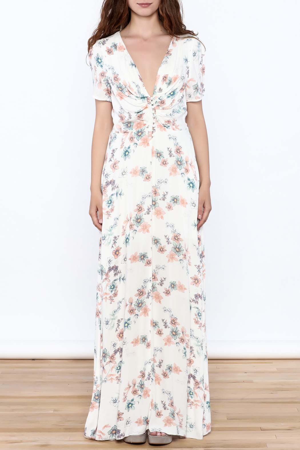 y&i clothing boutique Cream Floral Maxi Dress - Front Cropped Image