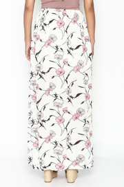 y&i clothing boutique Spaced Floral Maxi Skirt - Back cropped