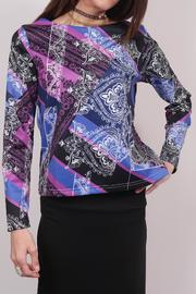 YASB Non-Layering Printed Top - Product Mini Image