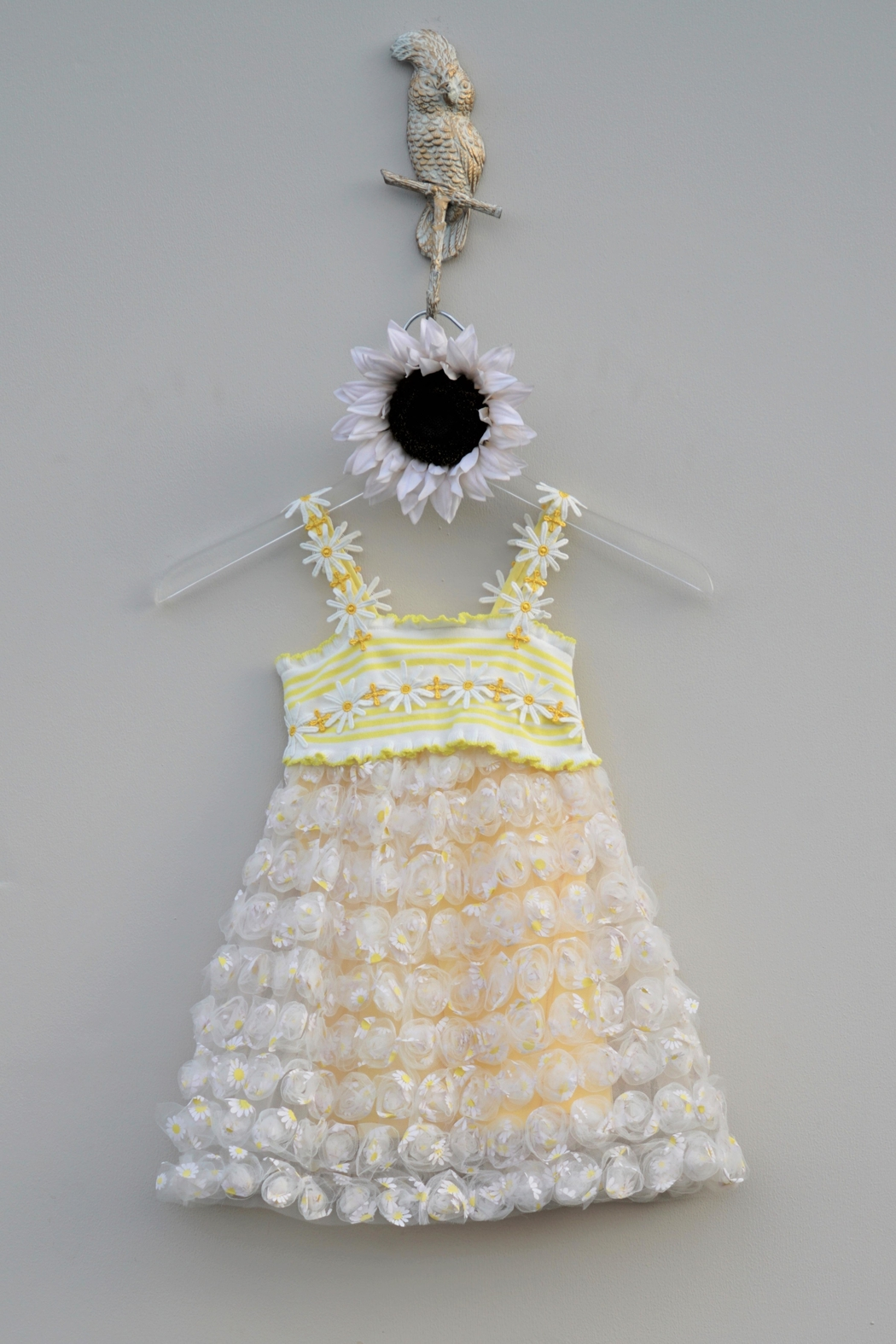 Baby Sara Yellow Daisy Dress - Side Cropped Image