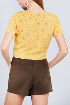 Active Basic Yellow Floral Crop-Top - Alternate List Image