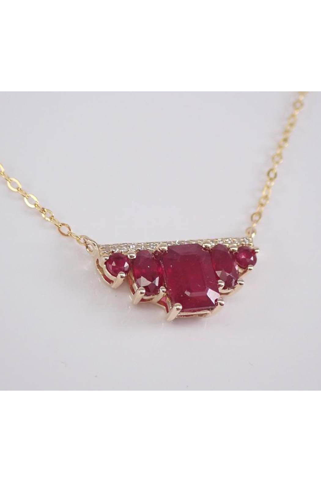 Details about  /18K Rose Yellow Gold 750 Italy Ruby Grape Leaves Vine Charm Pendant 3gr