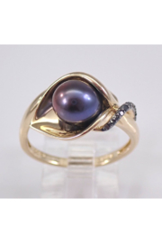 Margolin & Co Yellow Gold Black Diamond and Black Freshwater Pearl Calla Lily Ring June Size 7.25 FREE Sizing - Product Mini Image