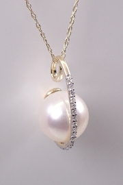 Margolin & Co Yellow Gold Diamond and Pearl Drop Pendant Necklace, 18