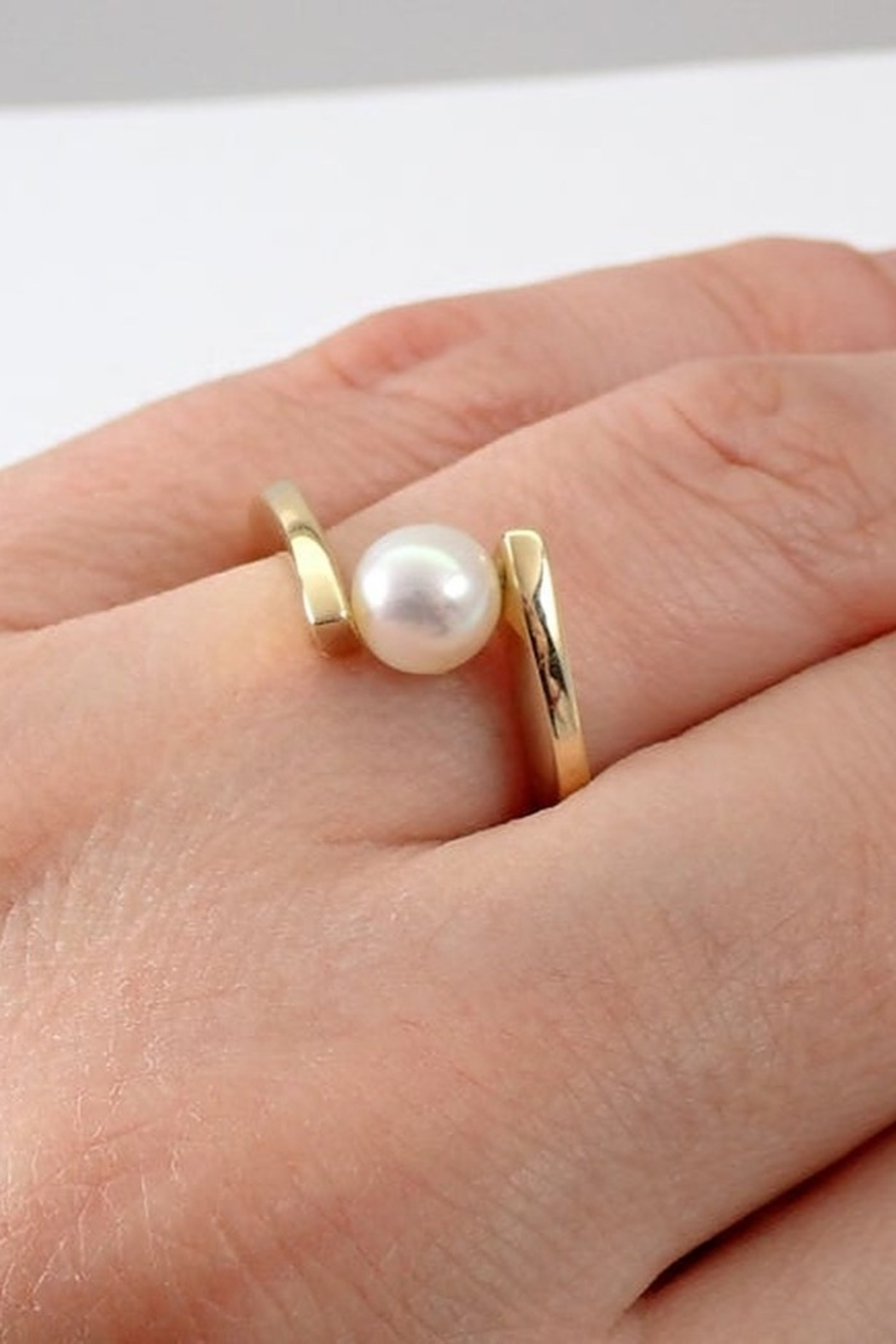 Margolin & Co Yellow Gold Pearl Solitaire Bypasss Engagement Ring Size 7.5 June Birthstone FREE Sizing - Main Image