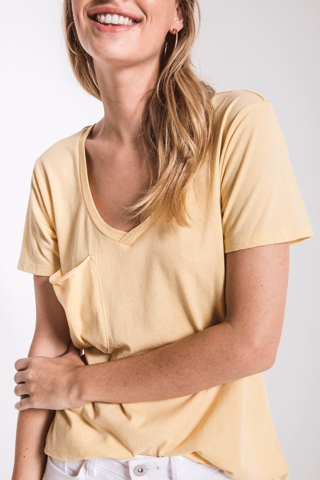 z supply Yellow Pocket Tee - Back Cropped Image
