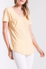 z supply Yellow Pocket Tee - Side cropped