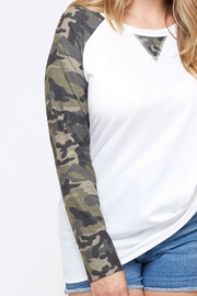 Fantastic Fawn YES SIR TEE - Front full body