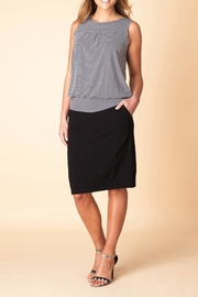 Yest Essential Top - Front cropped