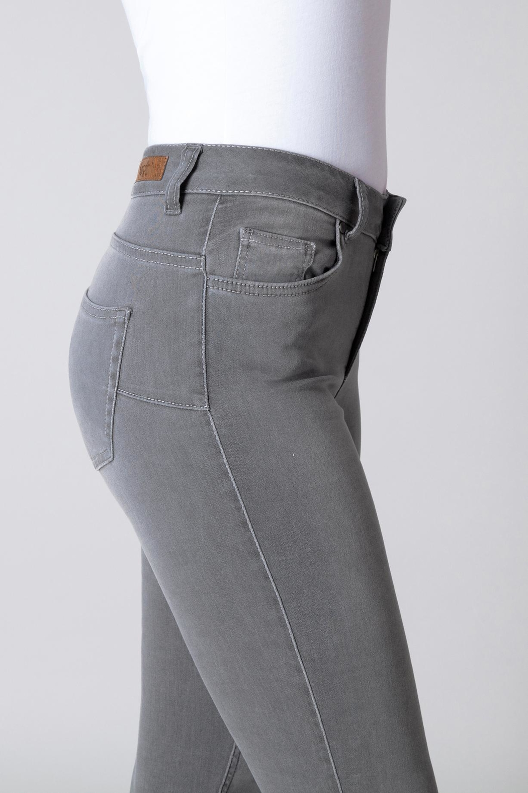 Yest Grey Slimming Jeans - Side Cropped Image