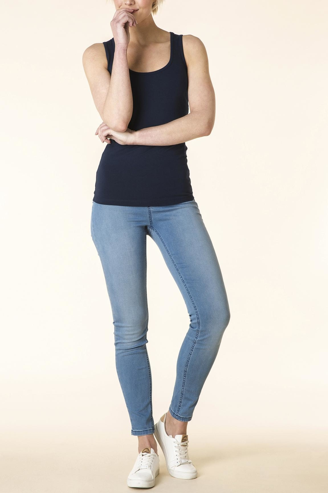 Yest Light Blue Jeans - Front Cropped Image