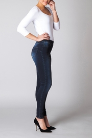Yest Perfect Fit Jeans - Side cropped