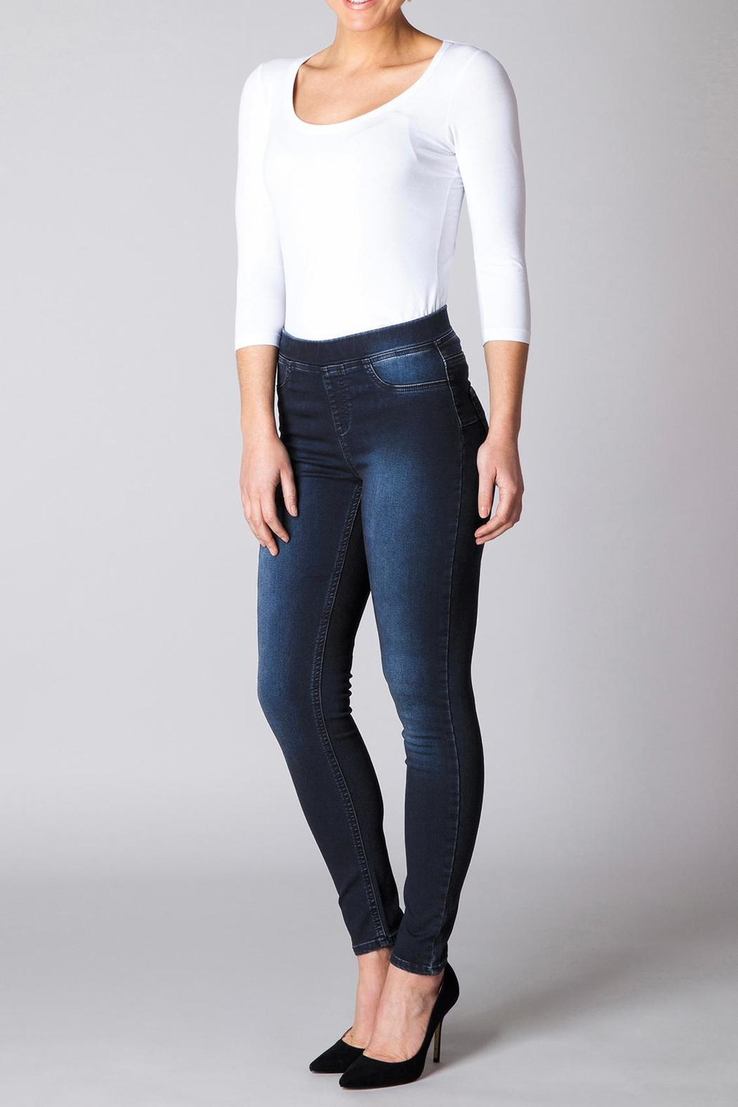 Yest Perfect Fit Jeans - Front Cropped Image