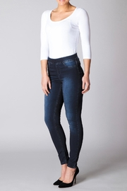 Yest Perfect Fit Jeans - Front cropped