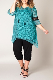 Yest Printed Tunic Top - Front cropped