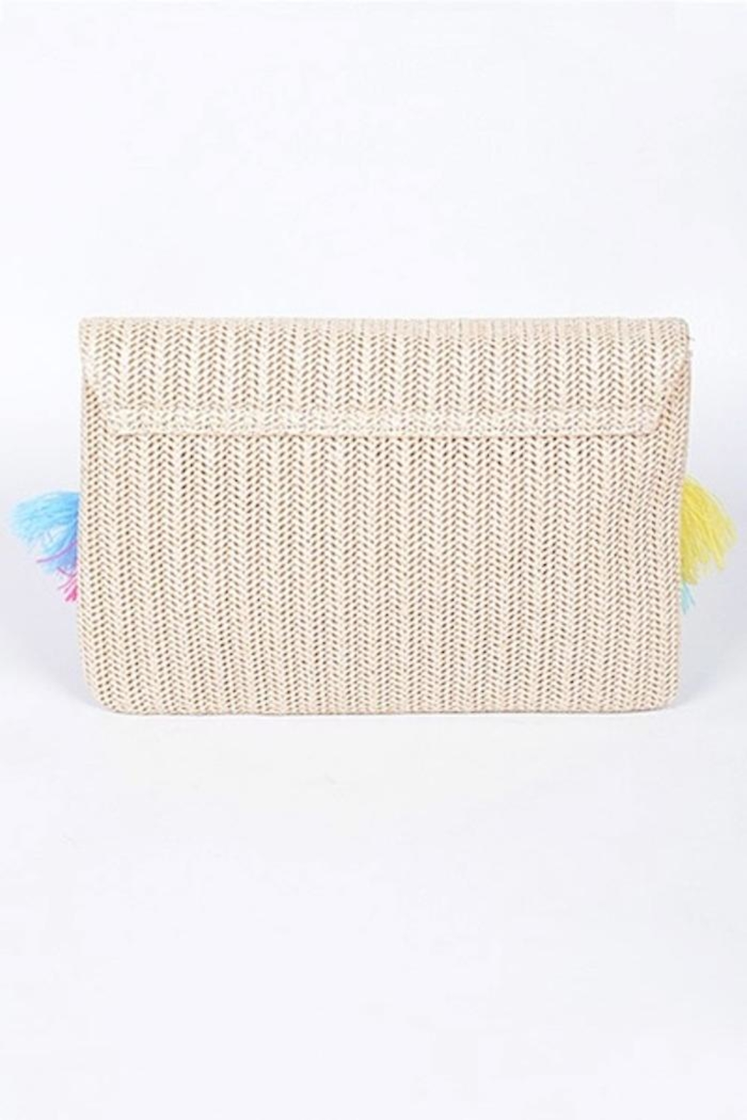 Yipsy Straw Tassel Clutch - Back Cropped Image
