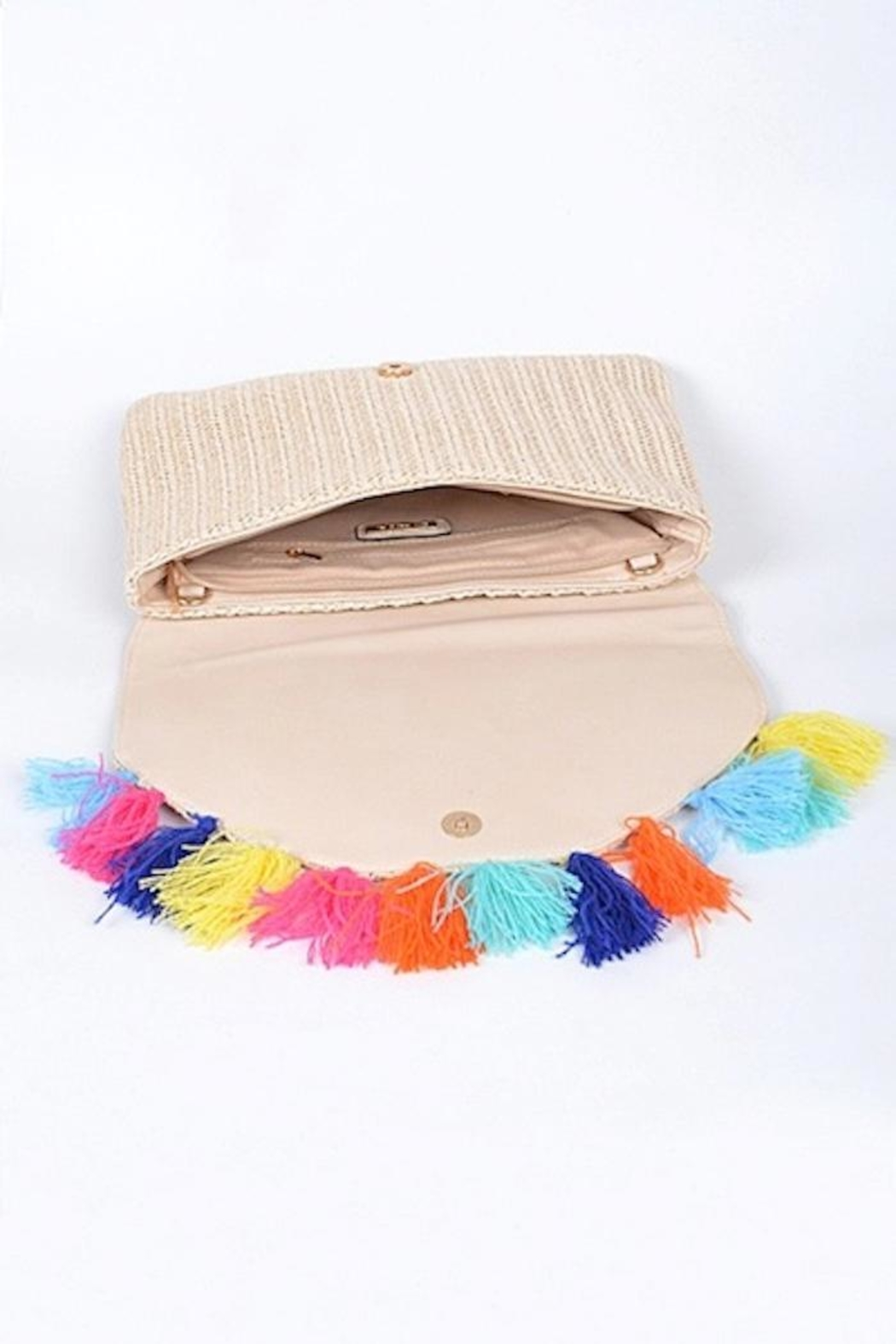 Yipsy Straw Tassel Clutch - Side Cropped Image