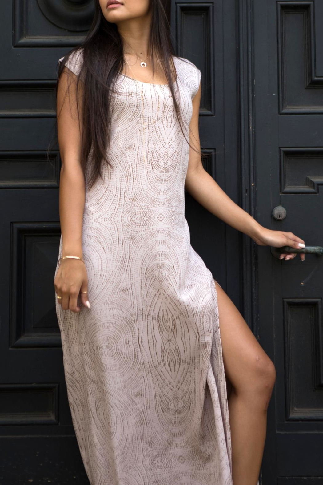 YIREH Ibiza Moonstone Maxi - Side Cropped Image