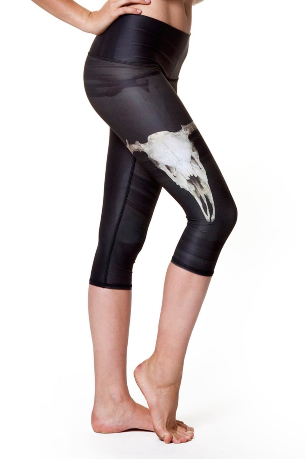 Teeki Yoga Capri Leggings - Back Cropped Image