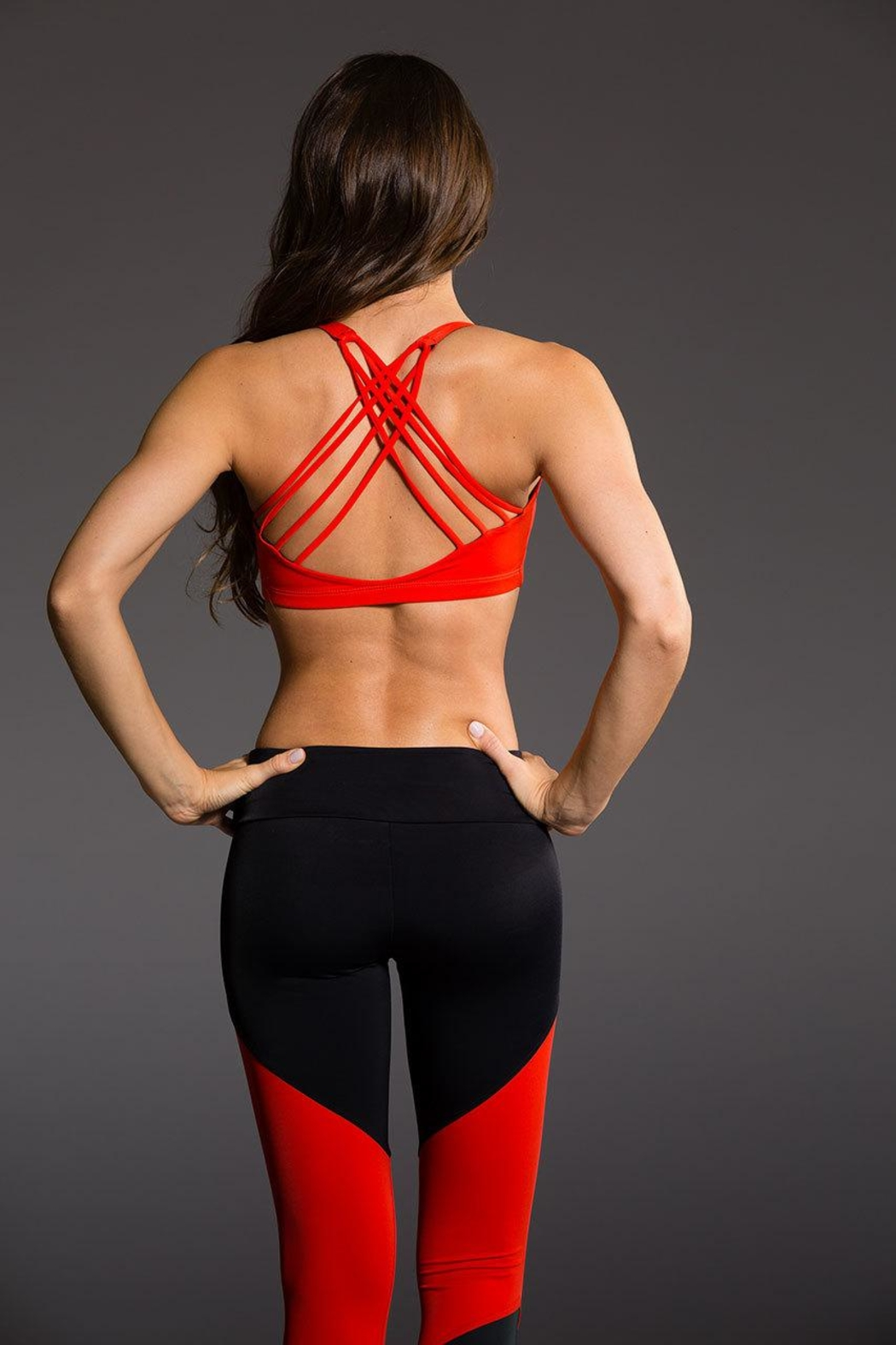 Onzie Yoga Chic Bra - Front Cropped Image