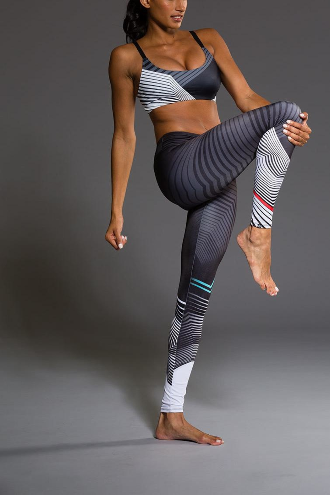 Onzie Yoga Graphic Bra - Side Cropped Image