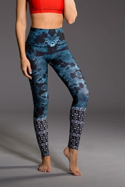 Onzie Yoga High Rise - Side cropped