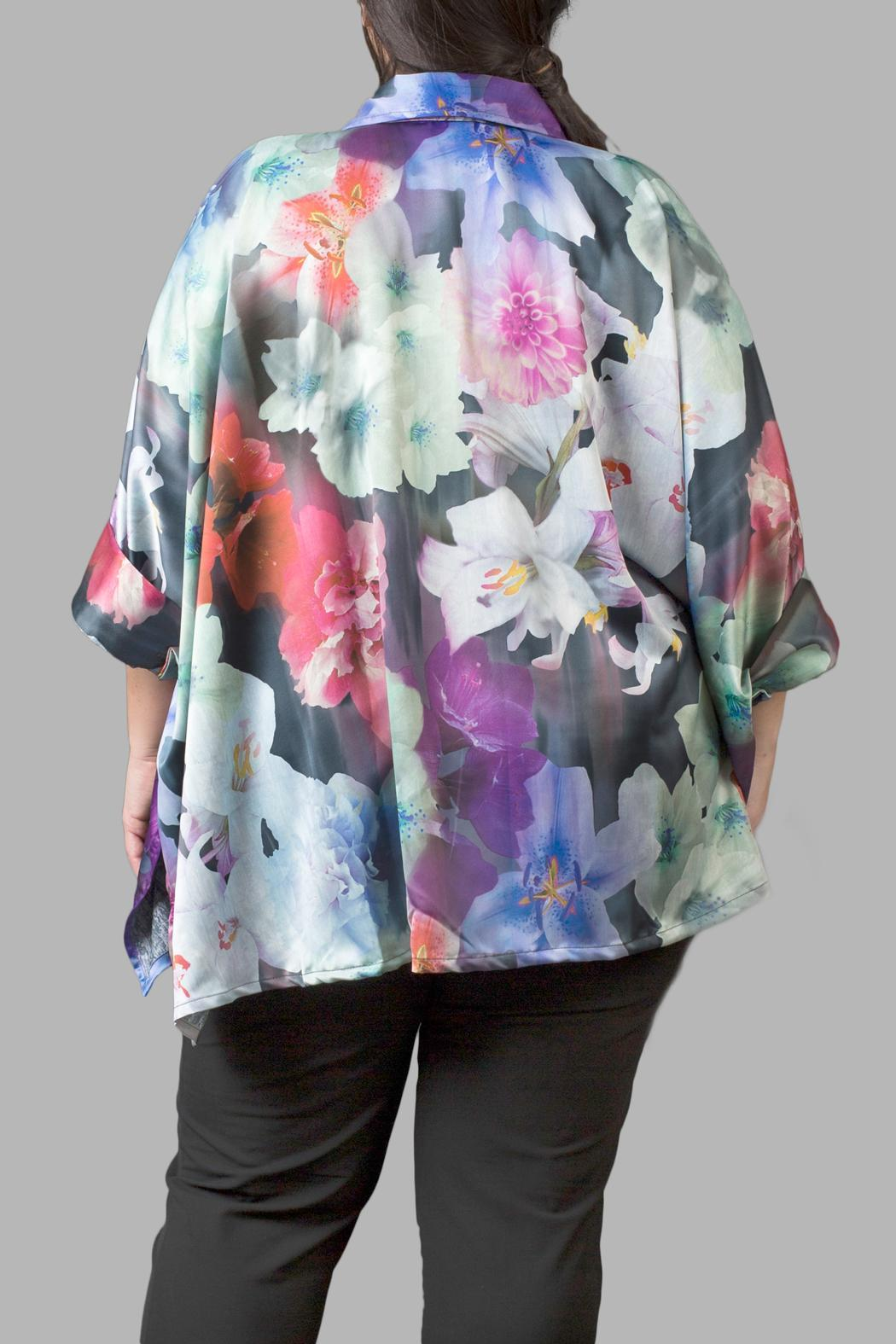 Love By Yona Floral Charmeuse Blue Top - Side Cropped Image