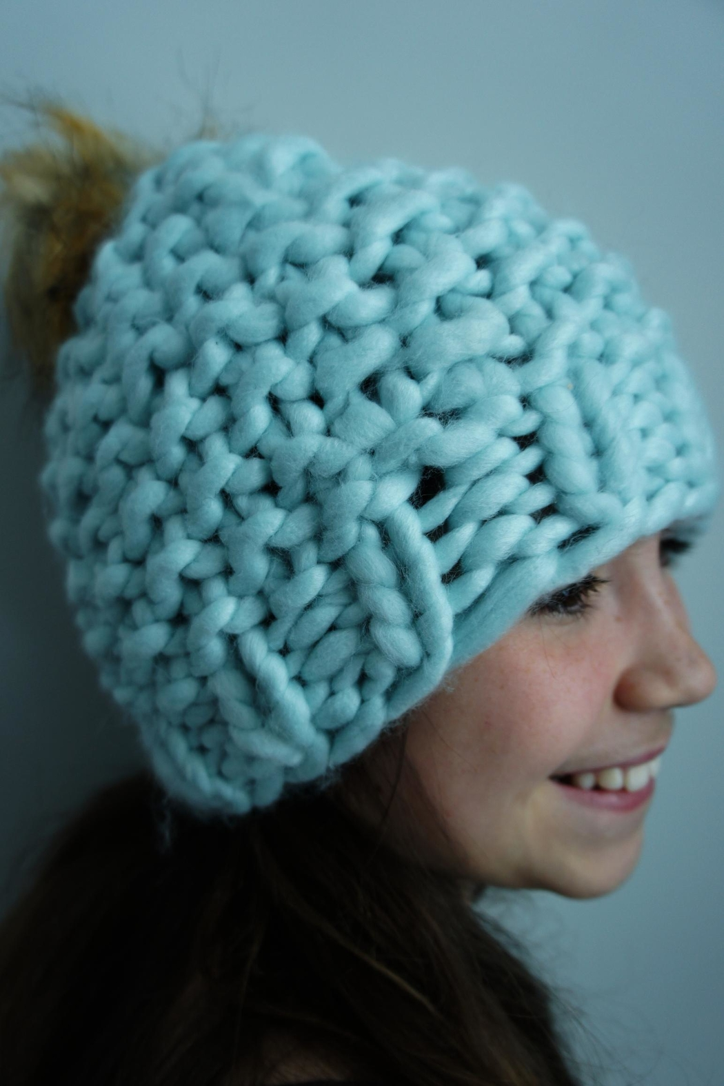 YOOMOO Chunkyknit Pompom Beanie - Front Cropped Image