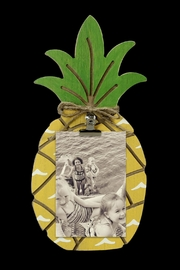YOUNG'S INC. Pineapple Picture Clip - Front cropped