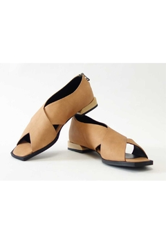 Yuko Imanishi Crosstoe Brown Sandal - Product List Image